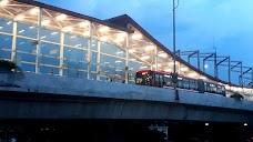 فیض آباد میں میٹرو بس اسٹیشن islamabad