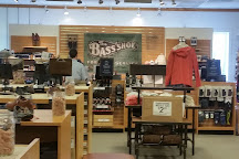 Penn's Purchase Factory Stores, Lahaska, United States