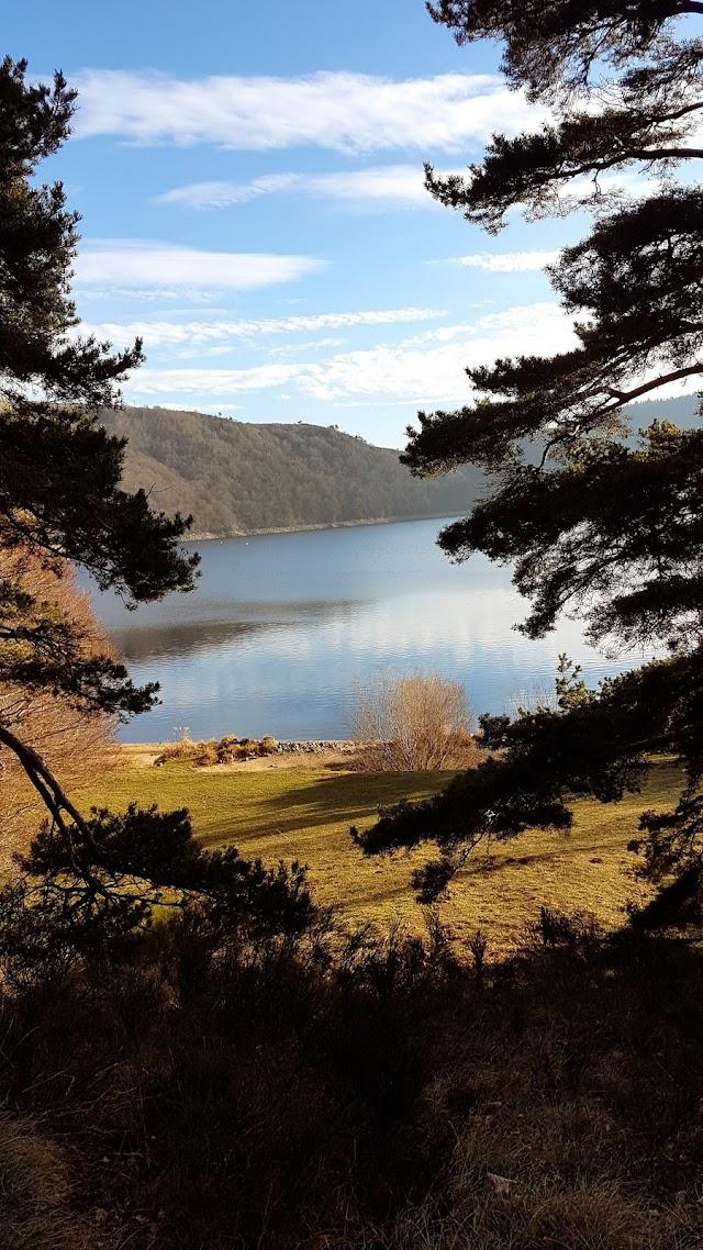 Plage Nord du Lac-d'Issarlès