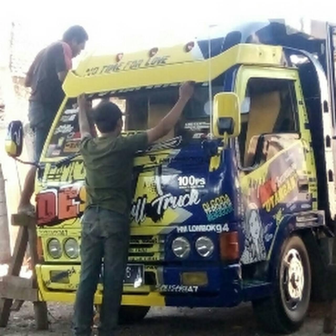 Toko Hendry Jaya Variasi Truck Toko Aksesori Truk