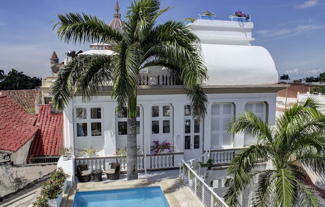 The Epica House Luxury Hotel