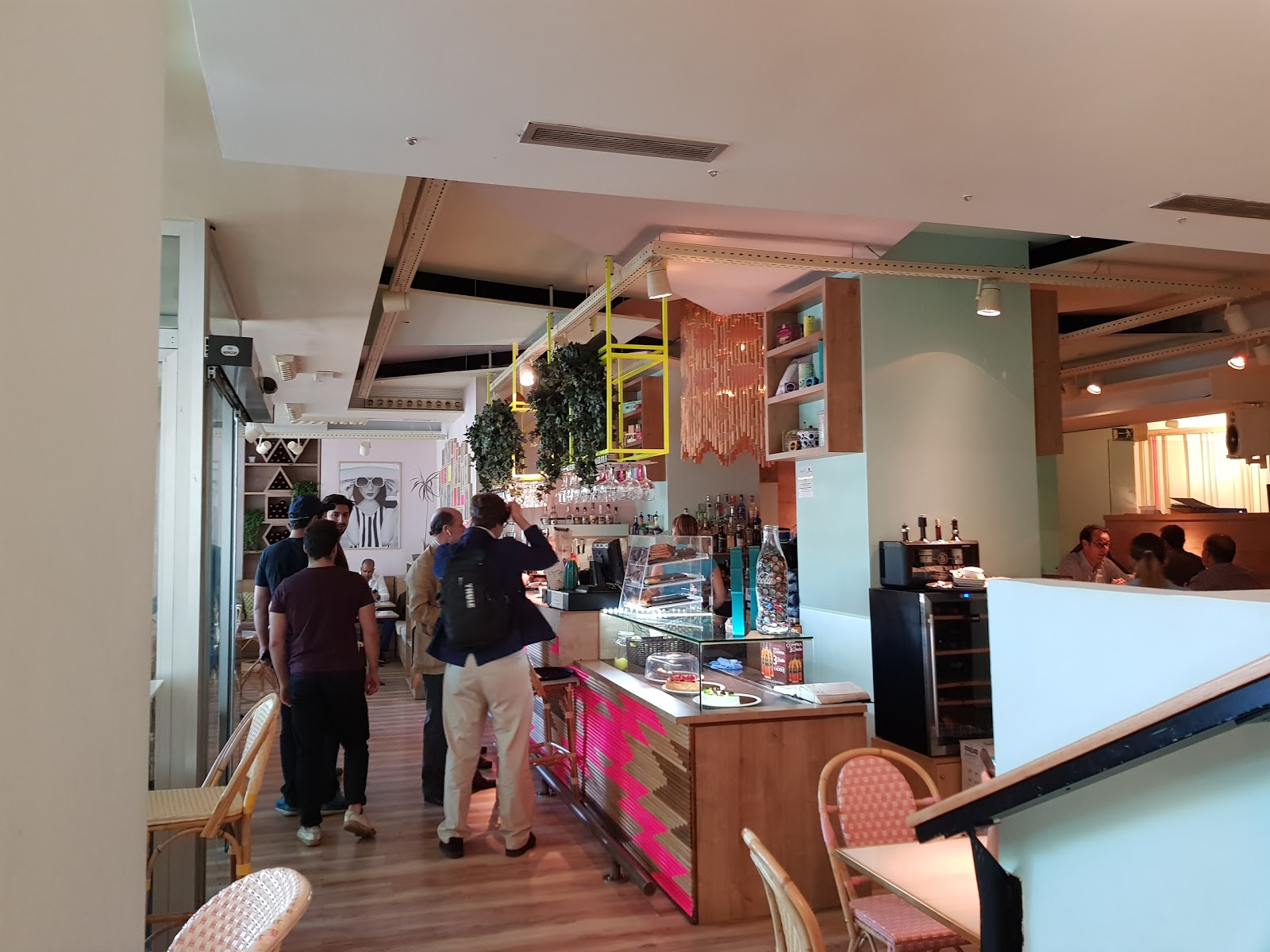 Wanda Café Optimista: A Work-Friendly Place in Madrid