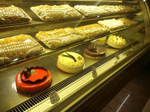 Luxury Pastry & Resturant