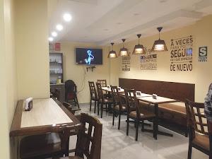 Don Lucho Restaurant-Cafetería 0