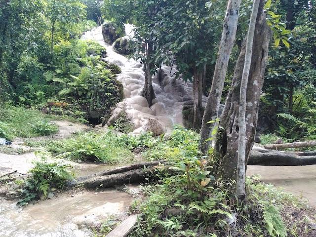 Buatong Waterfall