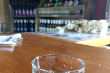 Izzo's White Barn Winery, Cayuga, United States