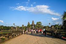 Tour 4 Angkor Wat, Siem Reap, Cambodia