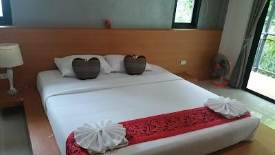 Hotel Mahasarakham vine bloom