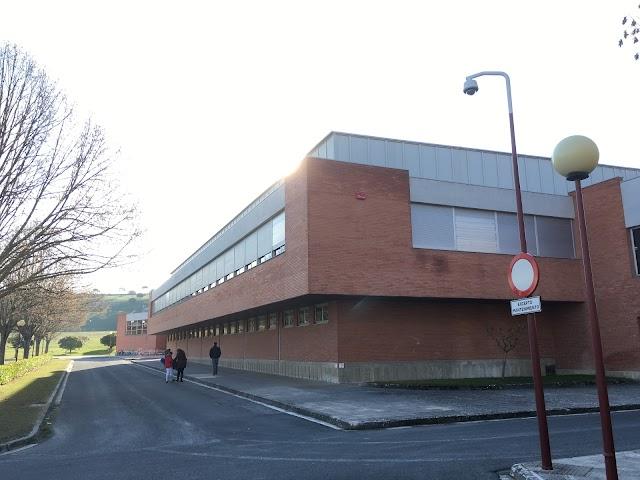 Polideportivo. Servicio de Deportes. Universidad de Navarra