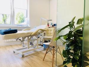 IDN Beauty Salon & Clinic: Салон красоты Киев - парикмахер, косметолог, маникюр