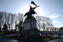 Place Jeanne d'Arc, Chinon, France