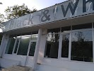 Black & White Dance Center, улица Матей Басараб, дом 10 на фото Кишинёва