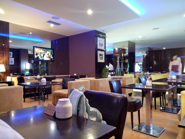 C House Lounge Cafe Galati