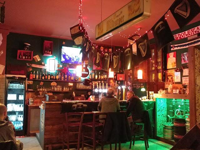 Seven B Pub