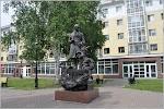 Памятник П.П. Ершову на фото Тобольска