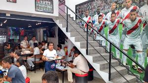 Sport Bar y Restaurante La Doce 3