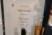 Lisjak - Premium extra virgin olive oil from Slovenian Istria, Koper, Slovenia