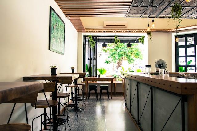 Meridiem Coffee Bar