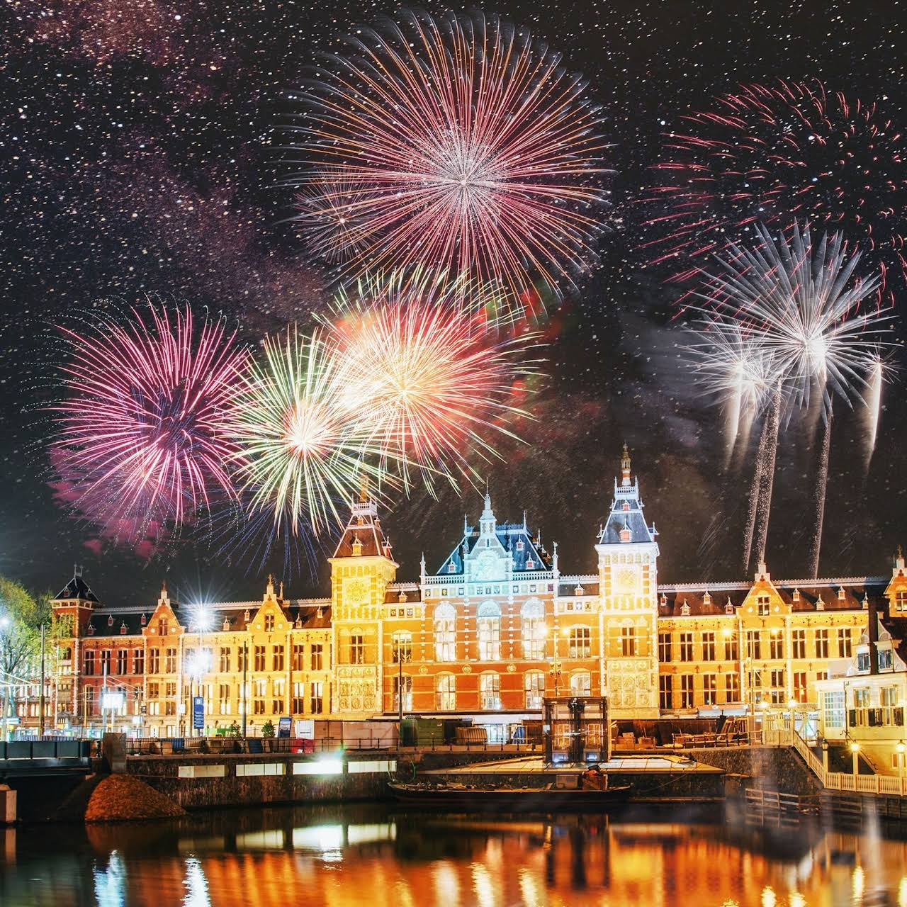 New Years Eve Amsterdam 2021 Amsterdam New Years Eve 2021 Discover The Best Parties Firework Display Where To Go And Things To Do Over Nye 2021 In Amsterdam