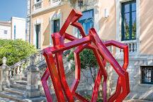Fondation Villa Datris, L'Isle-sur-la-Sorgue, France