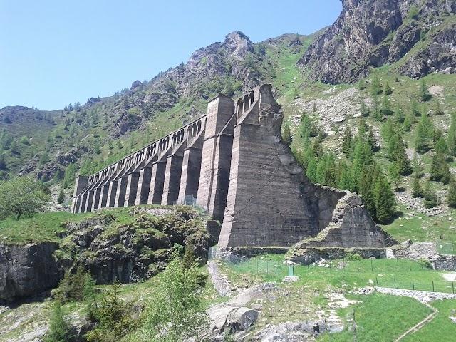 Ruins of Gleno dam