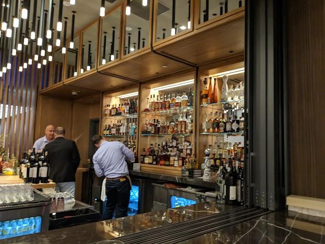 Oak + Violet - Park James Hotel