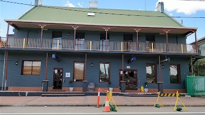Royal Hotel-Motel