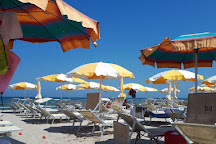 Visit le vele fun beach bistrot on your trip to pinarella or italy