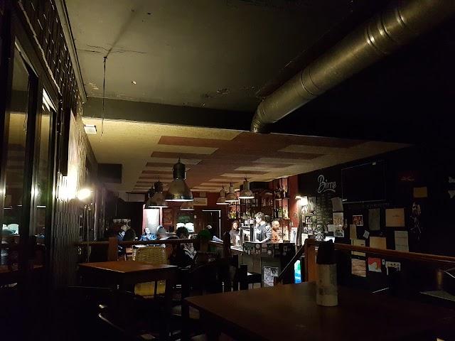 Gattaglio's Pub