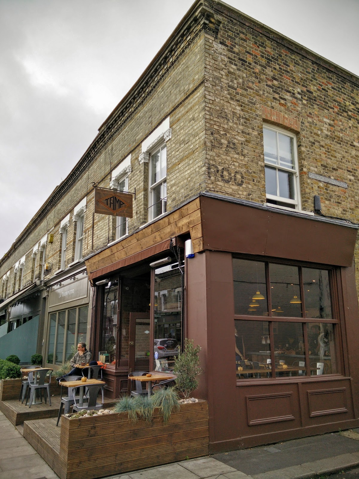 Tamp Coffee: A Work-Friendly Place in London