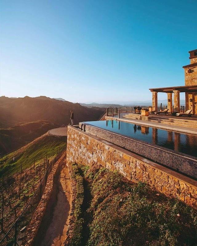 Malibu Rocky Oaks Vineyard