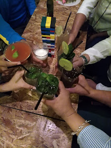 Rompecabezas Lounge Bar 6