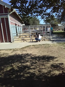 Montebello Barnyard Zoo los-angeles USA