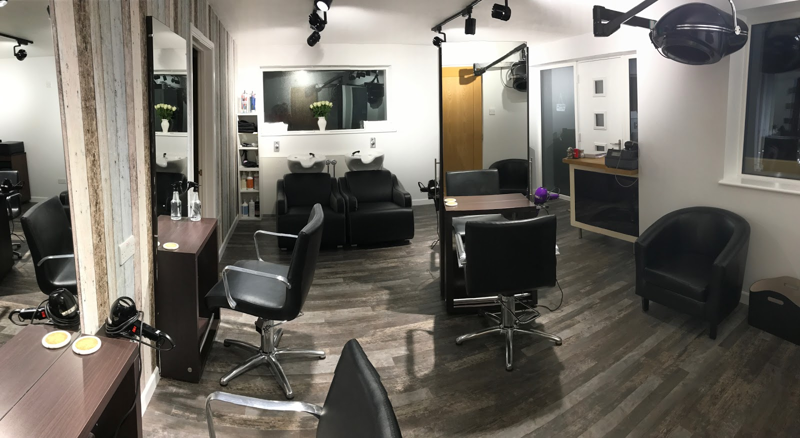 Aquarius Hair Studio