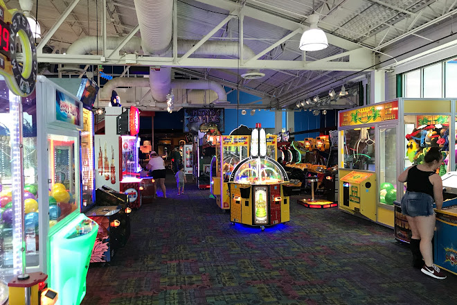 Visit Hollywood Connection Family Fun Center on your trip to