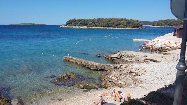 Maslinica Beach