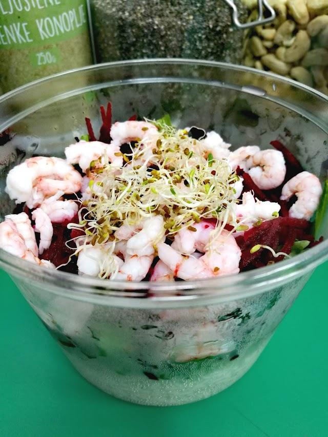 Acai & salad bar