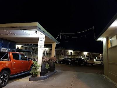 Country Motor Inn Singleton