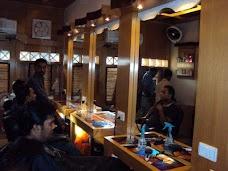 Ideal Men's Salon karachi