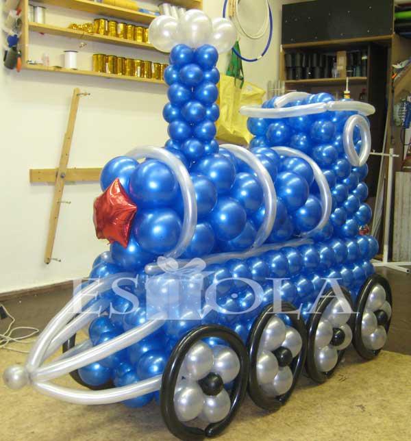 поезд из воздушных шаров фото поле может