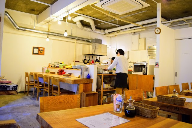 Hot cake Tsurubami sha