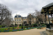 Square du Temple - Elie-Wiesel, Paris, France