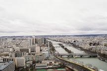 Le Pont de Bir-Hakeim, Paris, France