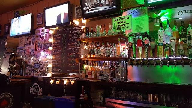 Lucy's Tavern