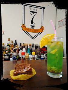 Seven Café & Bar 7