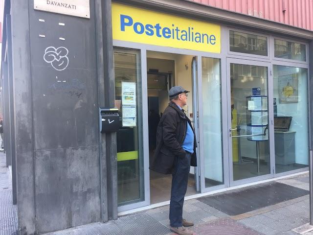 Italian Post Office Post