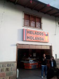 Heladeria Holanda - Baños Del Inca 1