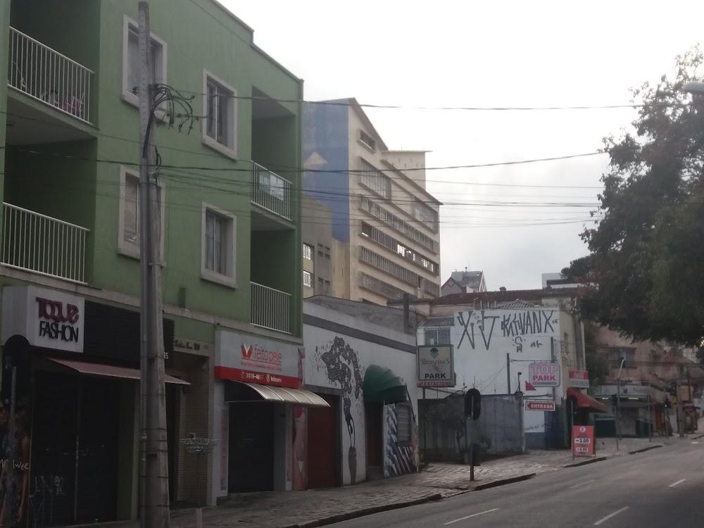 f7064f6ac Curitiba, Paraná — vestuário e calçado lojas, masculino