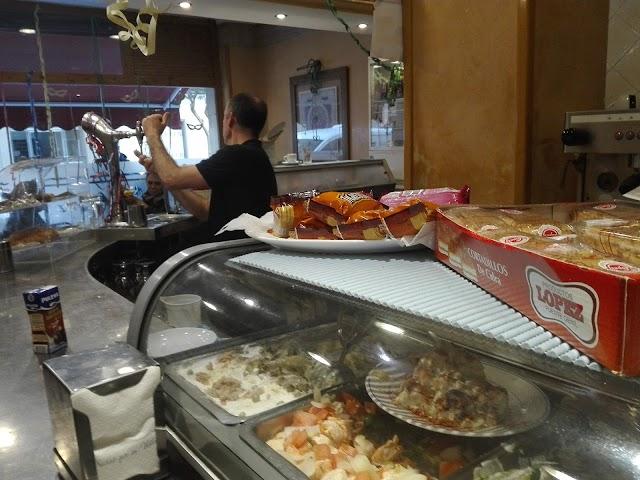 Cafetería Los Lunares