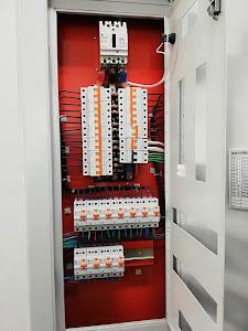 ELECTRICISTAS HNOS 5